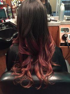 33 trendy ombre hair color ideas of 2019 - Hairstyles Trends Ombre Hair Color, Hair Colors, Hair Styles 2016, Curly Hair Styles, Dye My Hair, Hair Affair, Looks Cool, Hair Today, Balayage Hair