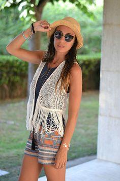 asos boho beach look - fringe crochet vest - panama hat - ethnic prints