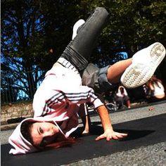 breakdance breakin bgirl Lyrical Dance, Jazz Dance, Hip Hop Dance, Lets Dance, Dance Fashion, Hip Hop Fashion, Urban Dance, Freeze, Cultural Dance