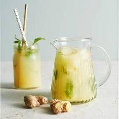 Boodschappen - Gemberlimonade Smoothie Drinks, Fruit Smoothies, Detox Drinks, Healthy Detox, Healthy Drinks, Healthy Recipes, Ginger Lemonade, Juicy Juice, Water Recipes