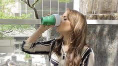 """fastcompany: """"The average coffee-addicted office worker throws out an astounding 500 disposable cups a year. This travel mug could help, because it actually lives up to its name. Coffee Market, Disposable Cups, Green Fashion, Travel Mug, Coffee Cups, Water Bottle, Mugs, Fitness, Pocket"""