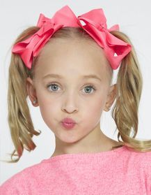 Dance Moms Headshots, Dance Moms Minis, Dance Flexibility Stretches, Dance Moms Season 8, Lilliana Ketchman, Girls Sports Clothes, Dance Mums, Little Girl Models, Show Dance