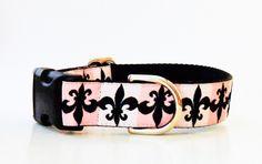 pink and black fleur de lis collar