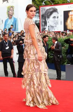 Festival de Veneza 2015: um giro pelo red carpet da premiação do cinema - Vogue | Red carpet