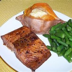 This salmon recipe which was given by my mother is out of this world. Even my husband who hates salmon will eat this. This marinade is also very good on chicken breasts. Bbq Salmon In Foil, Maple Syrup Salmon, Teriyaki Salmon, Grilled Salmon, Allrecipes, Barbecue, Fish And Seafood, Salmon Recipes, Barbacoa