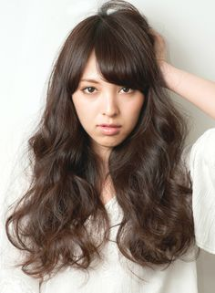 ランダムカールで外国人風ロング 【HAIR MAKE UNiON】 http://beautynavi.woman.excite.co.jp/salon/24046?pint ≪ #longhair #longstyle #longhairstyle #hairstyle ・ロング・ヘアスタイル・髪型・髪形≫