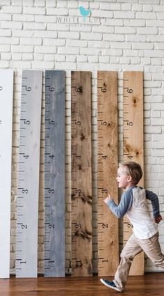 Unique Gifts For Kids, Personalized Gifts For Kids, Gifts For New Moms, Kids Gifts, Diy For Kids, Personalized Growth Chart, Growth Chart Ruler, Growth Charts, Growth Chart Wood