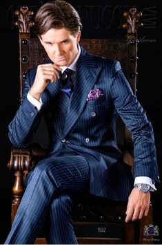 Italian bespoke royal blue pinstripe double breasted suit with wide peak lapels, 6 mother of pearl buttons and double vent. Wedding Dress Suit, Wedding Suits, Royal Blue Suit, Azul Royal, Bleu Royal, Men's Business Outfits, Suit Combinations, Modern Mens Fashion, Bespoke Suit