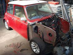 Mini Stuff, Retro Cars, Classic Mini, Cars, Vintage Cars