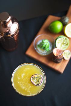 Cocktail recipe: the Sunflower with elderflower and passion fruit