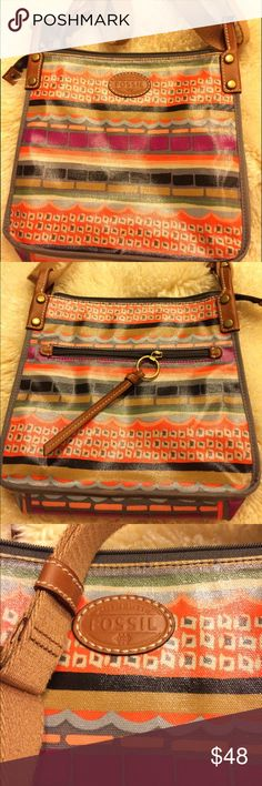 Fossil Crossbody Bag Coated canvas-perfect condition Zippered pocket on the back Adjustable strap Fossil Bags Crossbody Bags
