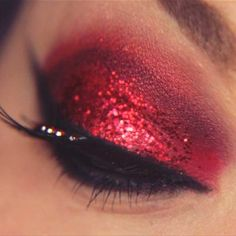 Ohhhh my, love the red devil sparkle!