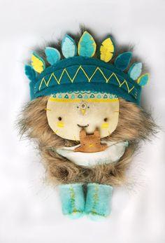 Viatgeler Tribe plush by Lorena Rodríguez.
