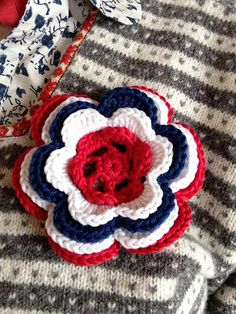 Crochet a Flower Knitting Paterns, Crochet Patterns, 17. Mai, Crochet Baby, Knit Crochet, Fun Crafts, Diy And Crafts, Norwegian Style, Time To Celebrate