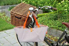 Wicker basket bag | Tas voor in mijn fietsmand  Jip by Jan Handmade DIY  Tutorial coming up soon!