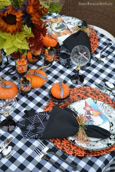 Love this tablescapte--BOO Jolly Halloween Table with sunflowers, pumpkins and candy corn. 🎃🍁🎃 Homeiswheretheboatis.net