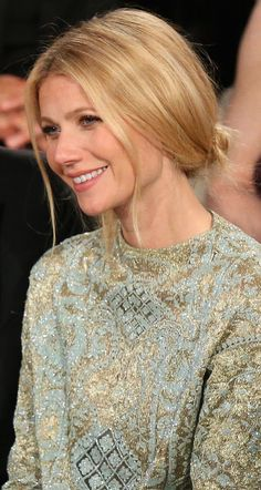 Gwyneth Paltrow Fashion & Style Valentino. I'm struck at how well the blues and greys of her top compliment her hair.