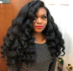 How to make natural hair less time consuming and stressful Afro hair care tips Braid Out Natural Hair, 4c Natural Hair, Natural African Hair, Natural Hair Blowout Styles, Natural Hair Brides, Blowout Hair, Natural Skin, Cabelo Natural 4c, Curled Hairstyles