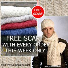 freescarfofferfb Vintage Dresses, Knitwear, Winter Hats, Crochet Hats, Fashion, Vintage Gowns, Knitting Hats, Moda, Tricot