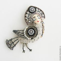 Textile Jewelry, Fabric Jewelry, Textile Art, Beaded Brooch, Brooches Handmade, Beading Projects, Soft Dolls, Fabric Decor, Bead Art