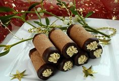 Černé trubičky - Recepty.cz - On-line kuchařka Russian Recipes, Gelato, Christmas Cookies, Sausage, Eye Candy, Food And Drink, Cupcakes, Sweets, Chocolate
