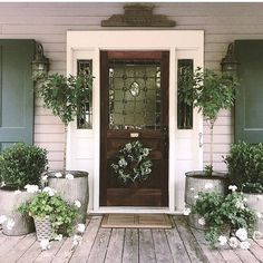 Green thumbs equal gorgeous green porches! So inspired to start thinking plants-- thanks for the inspiration @cottageintheoaks ! .