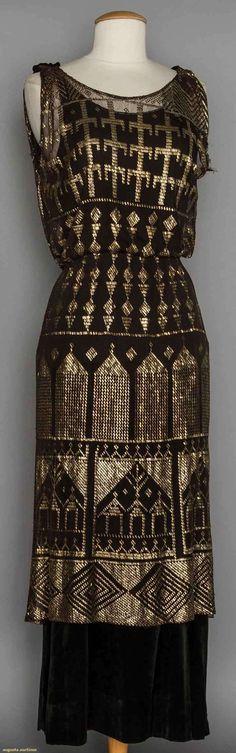 Assuit gown over black velvet, 1930s