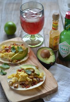 Egg, Potato and Crispy Pancetta Breakfast Tacos with Avocado | mountainmamacooks.com #TacoTuesday