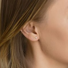 Delicate Dainty Minimalist Stud Earrings, Solid Gold Star Tiny Studs – AMY O Jewelry Arrow Earrings, Diamond Earrings, Stud Earrings, Fall Jewelry, Summer Jewelry, Tiny Star, Gold Stars, Earrings Handmade, Solid Gold