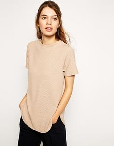 Like to wear basic items? This tunic top might be for you. The colour is beautiful and the texture makes it stand out. Find it here: http://asos.do/zAm1Ea
