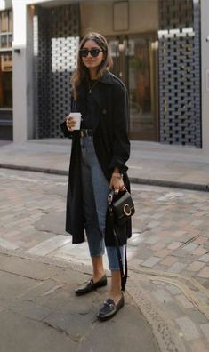 Winter wardrobe planning 19 mademoiselle a visual guide to the 47 sleekest minimalist fashion outfits weve ever seen Mode Outfits, Fall Outfits, Casual Outfits, Fashion Outfits, Fashion Trends, Summer Outfits, Outfit Winter, Winter Work Outfits, Fashion Styles