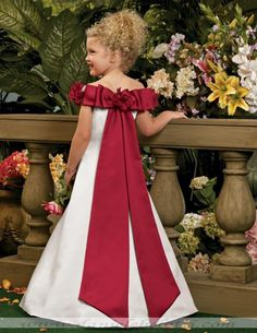 Holy crap it's like a flower-girl more extravagant version of my wedding dress!!!!!