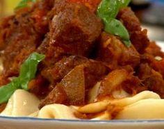 Capelettis de queso y calabaza con estofado de carne