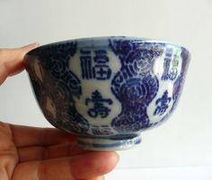 Porcelain rice bowls - Japanese antique - set of 2 - Imari ware - WhatsForPudding