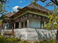 Traditional house from Arges county, Muntenia (foto Iustin Ichim)