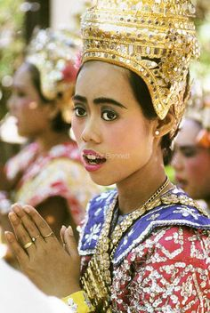 Thailand. Bangkok. Temple dancer