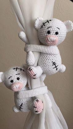 Crochet Teddy, Cute Crochet, Crochet Dolls, Crochet Baby, Crochet Animal Patterns, Stuffed Animal Patterns, Crochet Animals, Knitting Projects, Crochet Projects