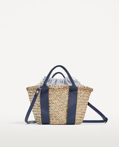 Zara mini tote bag in natural color Zara, Balenciaga, My Style Bags, Wicker Purse, Straw Tote, Best Bags, Summer Bags, Tote Bag, Knitted Bags