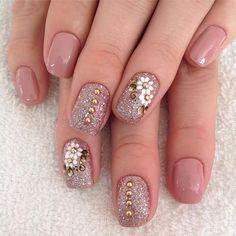 Wedding Nail Art For Brides Ideas 35 – Fiveno Super Cute Nails, Great Nails, Simple Nails, Love Nails, Simple Nail Designs, Beautiful Nail Designs, Beautiful Nail Art, Bride Nails, Wedding Nails