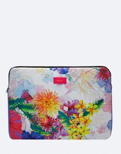funda-portátil-flores Plastic Cutting Board, Laptop Sleeves, Flower Designs, Lilac