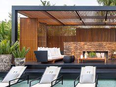 Pergolados de Madeira - Plena Modern Pergola Designs, Modern Gazebo, Backyard Patio Designs, Outdoor Pergola, Backyard Pergola, Outdoor Rooms, Outdoor Living, Metal Pergola, Wooden Pergola