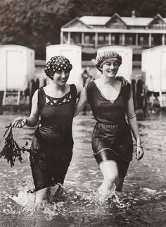 Women's bathing attire, circa 1910.