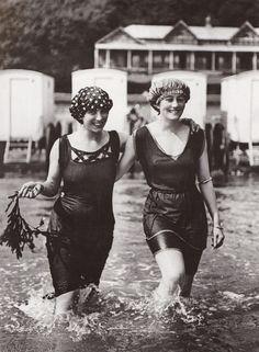 Women's bathing attire, circa 1910.