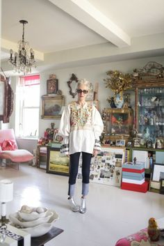 Linda Rodin is perfect in silver bootines, indigo jeans, boho top and her amazing silver hair!