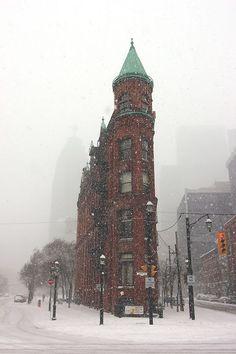 Snowy Day, Toronto, Canada photo via sarah