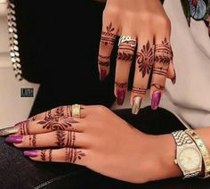 Finger Henna Designs, Mehndi Designs For Fingers, Best Mehndi Designs, Henna Designs Easy, Beautiful Henna Designs, Bridal Mehndi Designs, Henna Tattoo Designs, Henna Ink, Henna Tattoo Hand