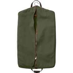 Discover the Filson Rugged Twill Suit Cover. An abrasion-resistant garment bag sized to hold two suits. Costume Vert, Metal Collar Stays, Suit Covers, Computer Bags, Custom Bags, T Shirt And Jeans, Leather Handle, Laptop Bag, Luggage Bags