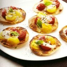 Tapas Opskrifter | Piadini med mozzarella og tomater