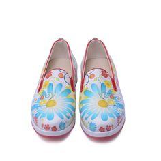 Women's Shoes Flowers Slip On Sneaker With Memory Foam PAR106 Vegan Leather, Memory Foam, Women's Shoes, Loafers, Canada, Slip On, Memories, Sneakers, Fashion