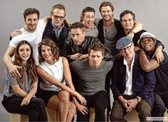 * cobie smulders robert downey jr Chris Evans Chris Hemsworth Jeremy Renner Samuel L. Jackson mark ruffalo Aaron Johnson elizabeth olsen casts PAUL BETTANY Avengers Age of Ultron i went on a ridiculous zig zag instead of listing them clockwise oh well Marvel Avengers, Avengers Cast, Avengers 2015, Avengers Actors, Marvel Heroes, Chris Hemsworth, Robert Downey Jr, Age Of Ultron Cast, Stark Tower
